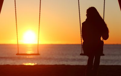 A Psychologist's Guide to Dealing with Loneliness in Isolation