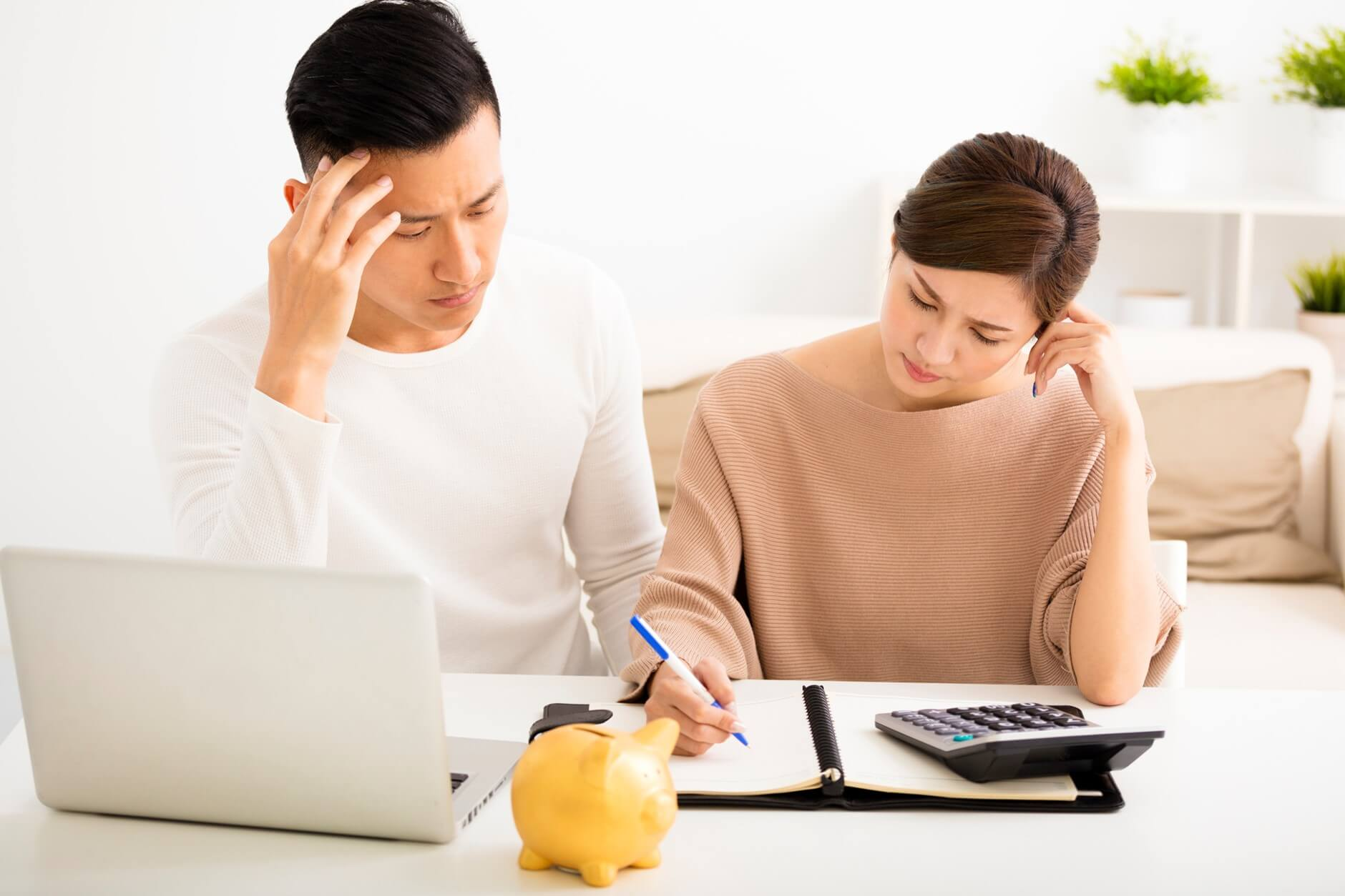 4 Tips for Coping with Financial Stress / Sydney City Psychology